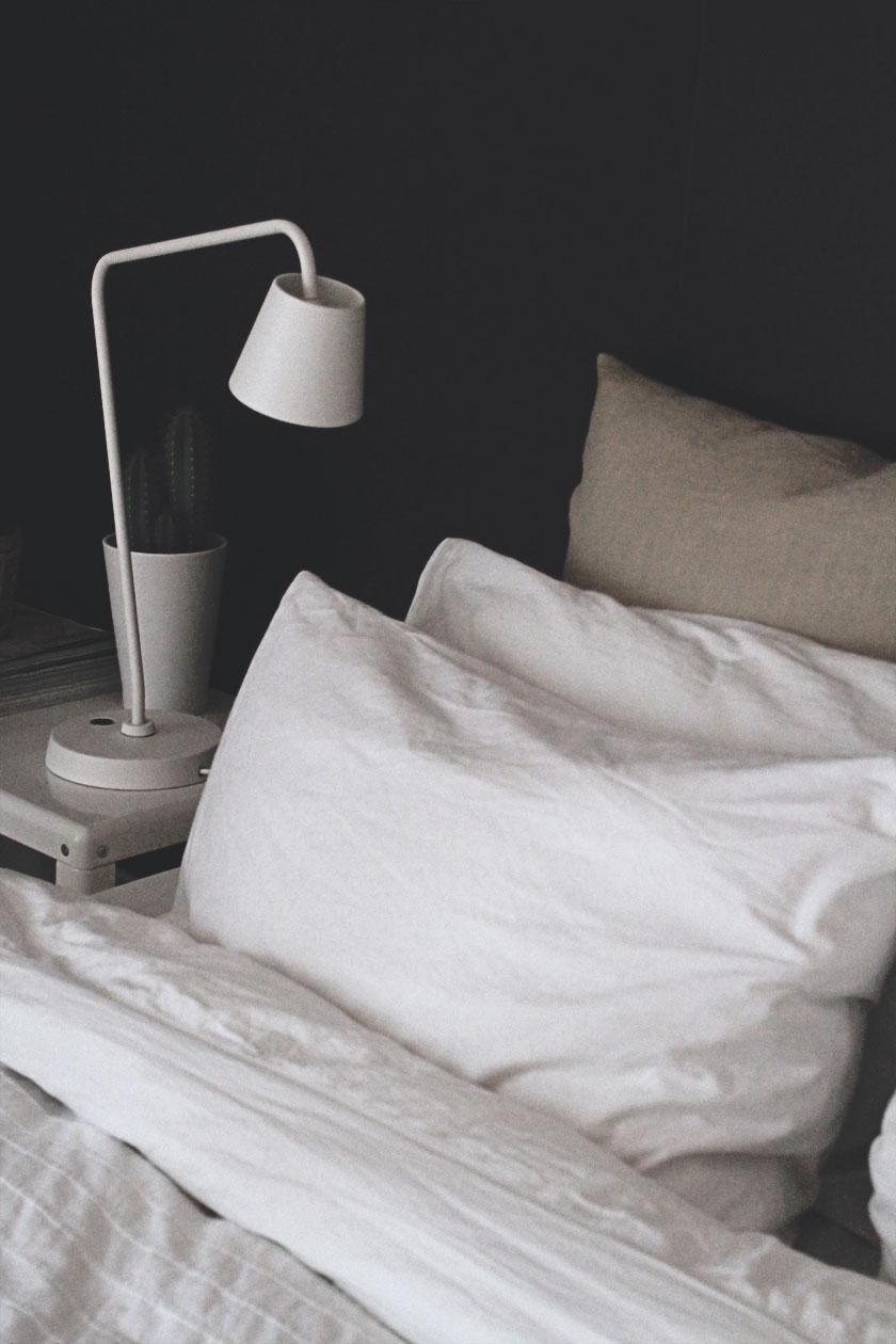 Dark_Bedroom_01